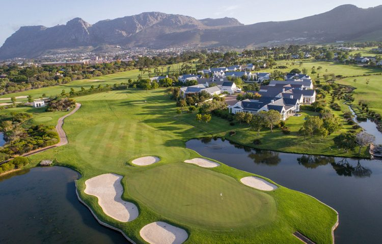 STEENBERG HOTEL PACKAGE: GOLF, RELAX & DINE